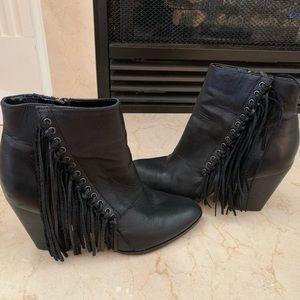 Aldo fringe Linsey booties black size 8